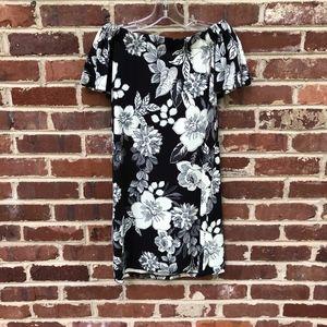 Gilli Off the Shoulder Black Floral Dress S New
